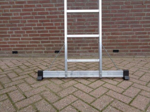 Enkele ladder incl. Top Safe